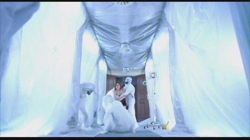 Milla Jovovich karatasi la kupamba ukuta entitled Resident Evil