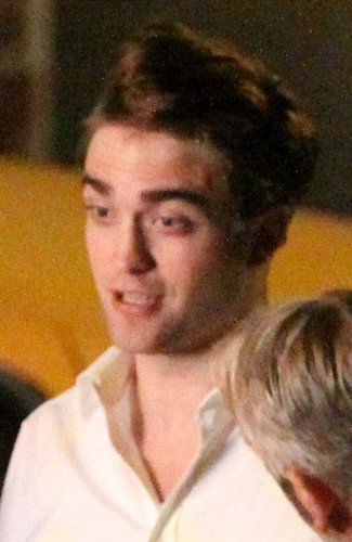 Rob in set cosmopolis