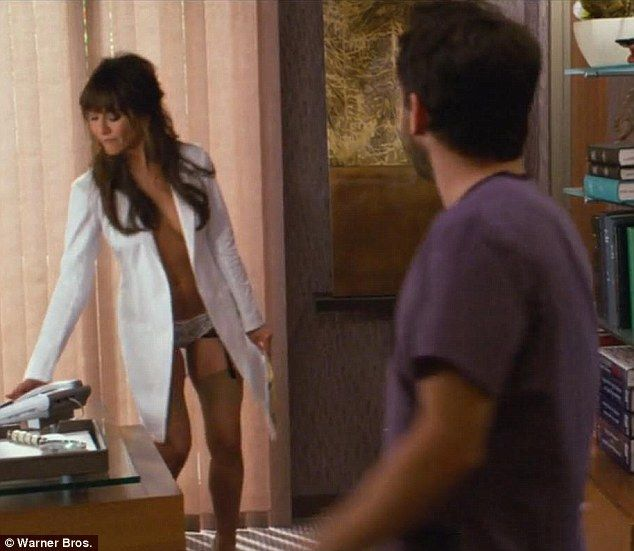 horrible topless Jennifer bosses aniston