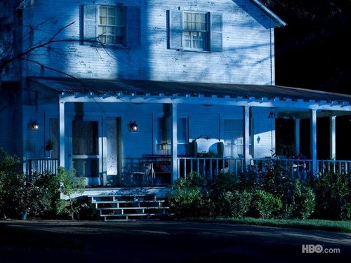 Sookie Stackhouse wallpaper with a bungalow, a hip roof, and a ranch house titled Sookie's house