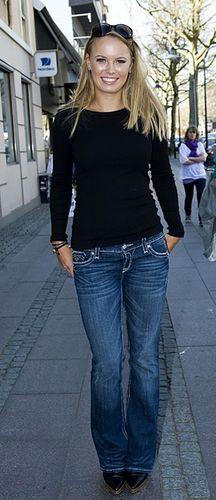 Caroline Wozniacki is Stayin' Alive