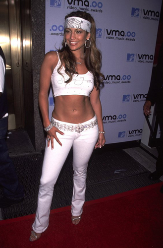 Jennifer Lopez wallpaper possibly containing a hip boot titled mtv vma 2000