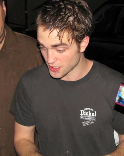 new 사진 new haircut Rob