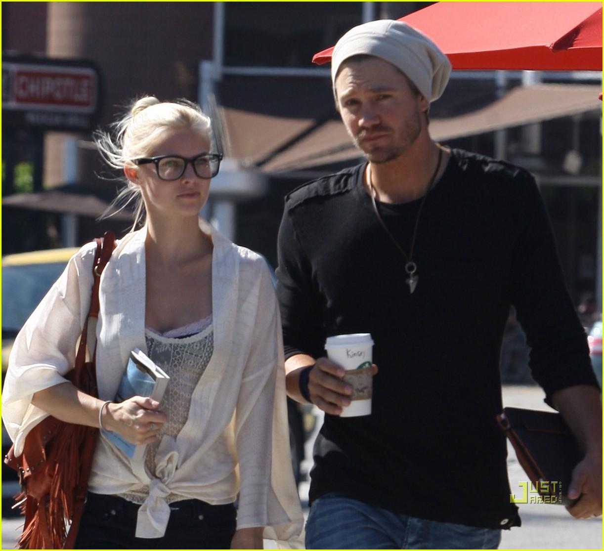 Chad Murray & Kenzie Dalton: Starbucks Stop - chad-michael-murray photo