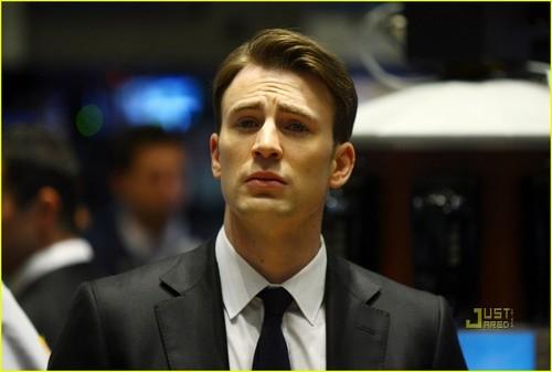 Chris Evans Rings NYSE Opening ঘণ্টা