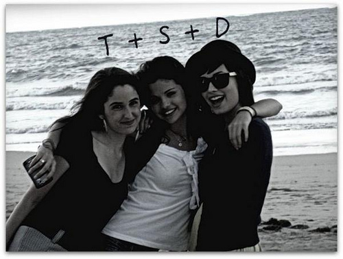 DELENA with friend..