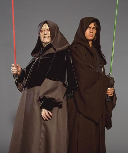 bintang Wars: Revenge of the Sith wallpaper probably with a jubah entitled Emperor and Darth Vader