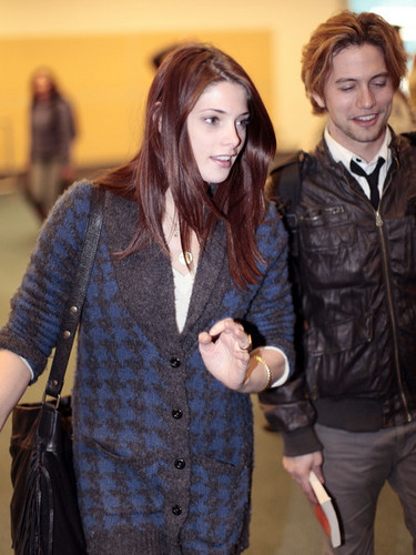 Jackson Rathbone & Ashley Greene wallpaper probably with a business suit, a well dressed person, and a hip boot entitled Jackson Rathbone and Ashley Greene