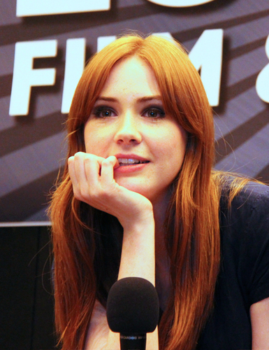 Karen at the London Film and Coimic Con 9th July 2011