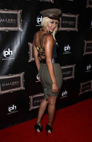 Keri Hilson wallpaper titled Keri Hilson At Gallery Nightclub In Las Vegas 09 07 2011