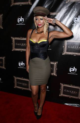 Keri Hilson wallpaper possibly with a leotard titled Keri Hilson At Gallery Nightclub In Las Vegas 09 07 2011