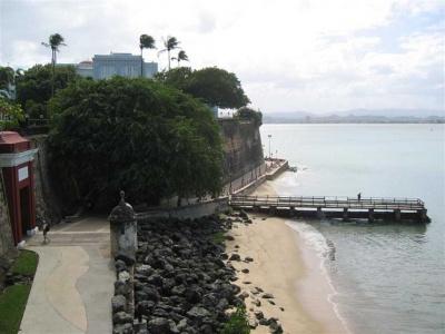 La Fortaleza mirando a la Bahía de San Juan (Fortress overlooking the 만, 베이 of San Juan)