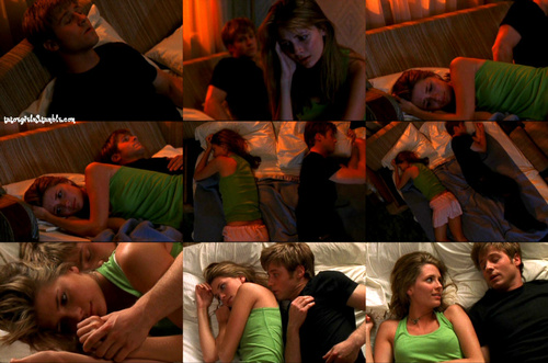 Одинокие сердца Обои possibly containing a drawing room, a hot tub, and a пивной бар, пивной ресторан titled Marissa & Ryan