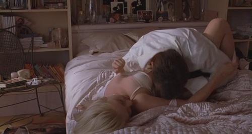 scarlett johansson sleeping nude