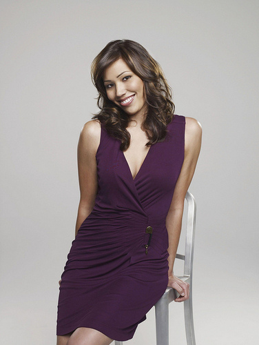Michaela Conlin wallpaper possibly with a cocktail dress called Michaela/Angela.