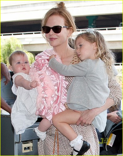 Nicole Kidman, Sunday & Faith: LAX Ladies