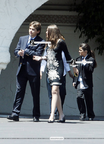 Prince, Paris & Blanket leave the Church   10 July