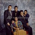 REBBIE JACKSON WITH FAMILY 1994