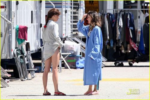 """Rachel on set """"The To Do List"""""""