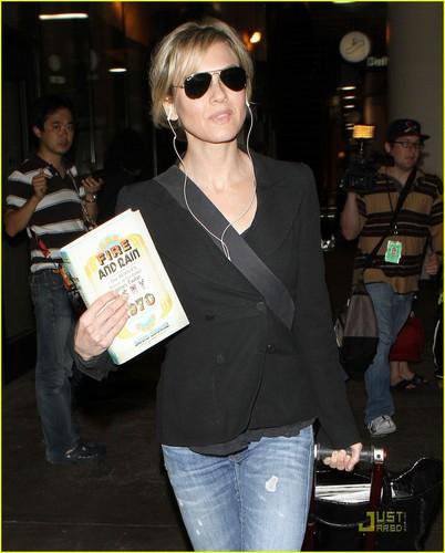 Renee Zellweger: 'Bridget Jones The Musical' Coming Soon!