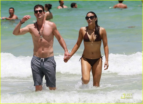 Robin Thicke & Paula Patton: Miami Mates!