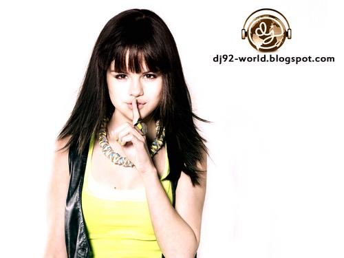 Selena Gomez EXCLUSIF18th HIGHLY RETOUCHED QUALITY pHOTOSHOOT kwa dj!!!...