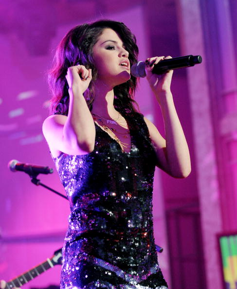 Selena - selena-gomez photo
