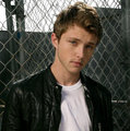 Sterling Knight's Twitter Icon  - sterling-knight photo
