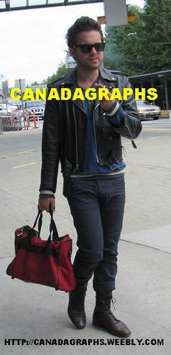 Thomas arrivng in Vancouver 7/11/2011