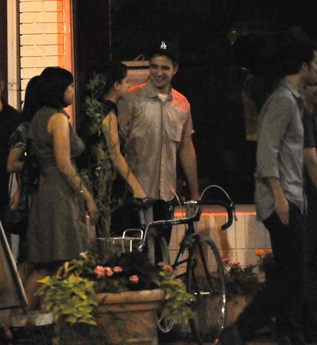 *NEW* Pics Of Robert Pattinson At The Cosmopolis Wrap Party (14th July) - robert-pattinson Photo