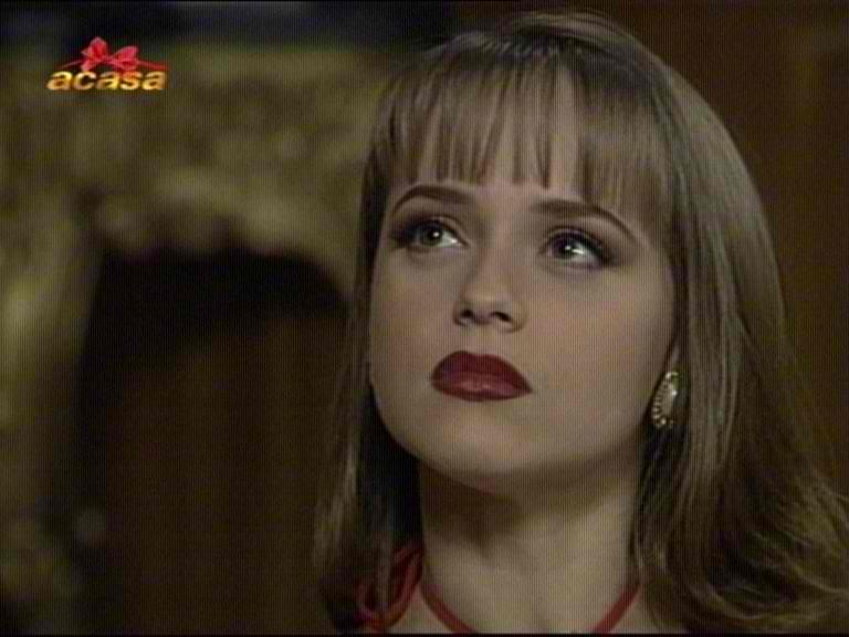 Paola** - La Us... Usurp
