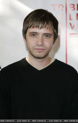 Aaron Stanford - aaron-stanford Photo