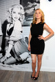 Amber Heard: GUESS & GUESS por Marciano Holiday Press Event
