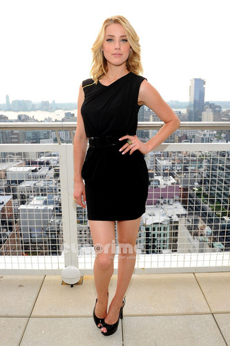Amber Heard: GUESS & GUESS Von Marciano Holiday Press Event