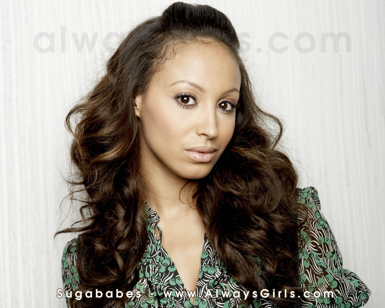 amelle berrabah sugababes wallpaper 23747517 fanpop