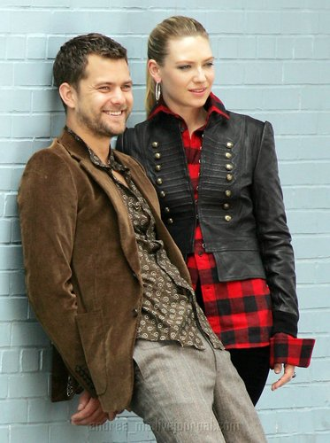 Anna Torv and Joshua Jackson দেওয়ালপত্র possibly with a business suit, a well dressed person, and a hip boot titled Anna Torv and Joshua Jackson Nylon photoshoot- 2008