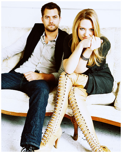 Anna Torv and Joshua Jackson wallpaper titled Anna Torv and Joshua Jackson