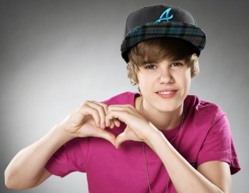 Justin Bieber wallpaper containing a portrait called BIEBER Amore