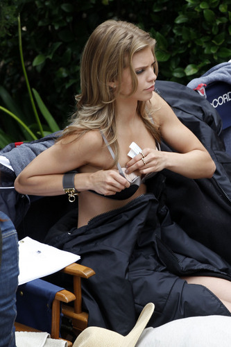 "Bikini Candids On ""90210″ Set"