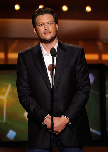 Blake Shelton - 46th Annual Academy Of Country Музыка Awards - Показать