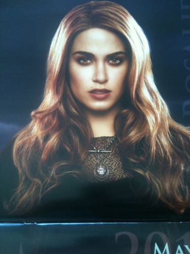 Breaknig Dawn calendar promo pictures