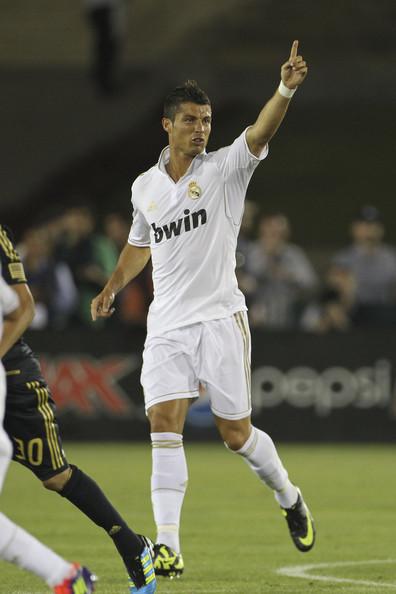 C. Ronaldo (LA Galaxy - Real Madrid)