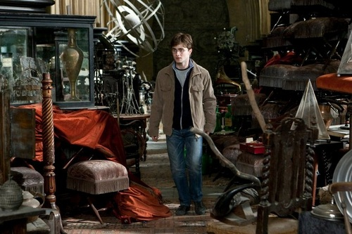 Harry Potter wallpaper possibly containing a barrow titled DH part II