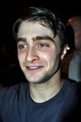 Daniel radcliffe - Stage Door (July 14, 2011) - daniel-radcliffe Photo