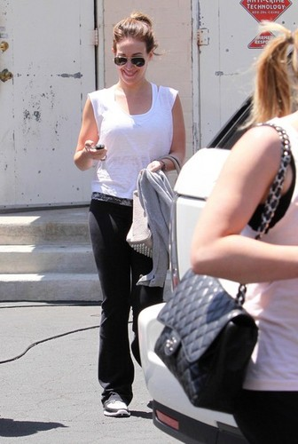 Haylie - Seen leaving a gym after working out in West Hollywood - July 30, 2010