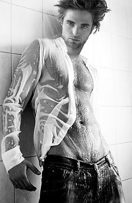 Robert Pattinson wallpaper with a bathroom and a doccia entitled His hot body