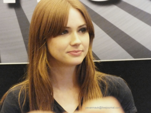 Matt Smith & Karen Gillan wallpaper containing a portrait entitled Karen Gillan @ London Film & Comic Con July 9th 2011