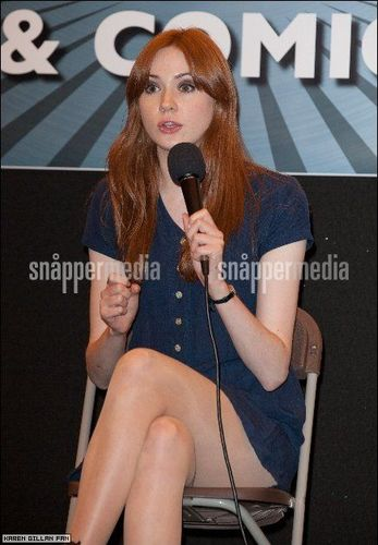 Matt Smith & Karen Gillan wallpaper entitled Karen Gillan @ London Film & Comic Con July 9th 2011