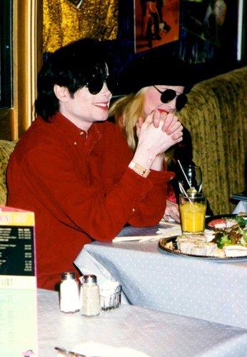 Michael Jackson <3 ~(niks95)