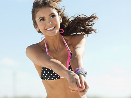 Nina Dobrev wallpaper containing a bikini entitled Nina Dobrev Wallpaper ❤